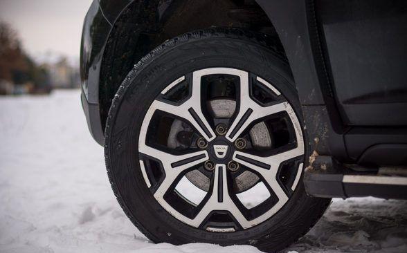 Внедорожные особенности также можно увидеть в системе рулевого управления