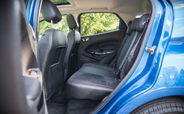 заднее сиденье Ford EcoSport.