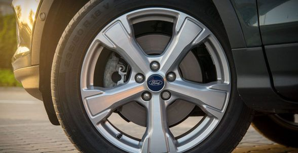 Ford также предлагает версию ST Line