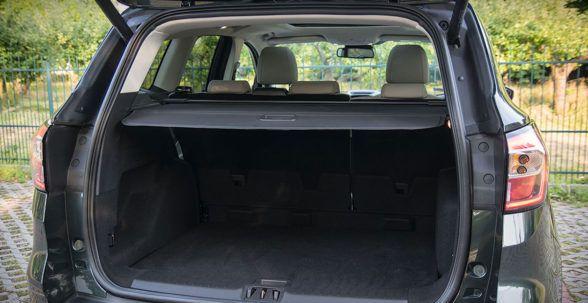 Багажник Ford Kuga либо 406, либо 456 литров