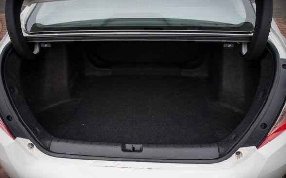 Объем багажного отделения тестируемой модели седана составляет 519 литров