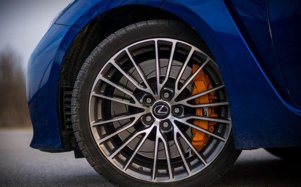 Lexus RC F намного лучше адаптируется к настроению водителя