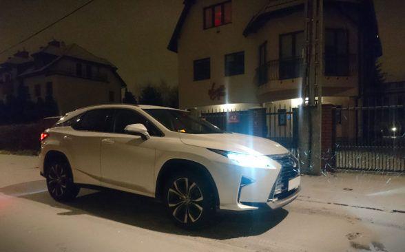 конструкторы Lexus отлично поработали звукоизоляцией салона