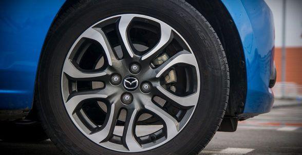 Система рулевого управления соответствует