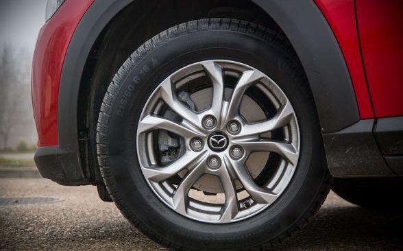 на 16-дюймовых колесах, доступных в версии SkyEnergy