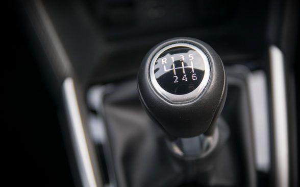 Коробка передач Mazda также очень положительна