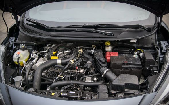 Под капотом тестируемого Nissan Micra