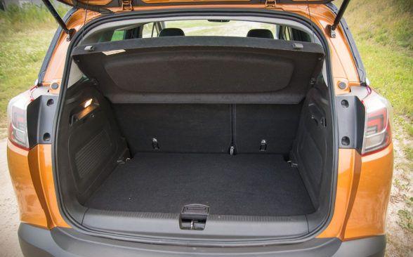 Объем багажного отделения Opel Crossland X составляет 410 литров