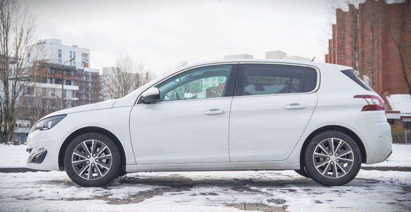 Автоматическая коробка передач, которой комплектуется тестируемый Peugeot 308