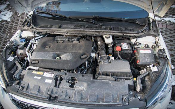 дизельный двигатель 2.0 BlueHDi мощностью 180 лошадиных сил
