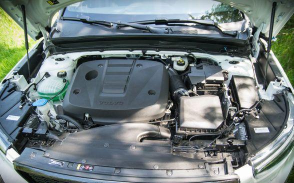 Система привода Volvo XC40